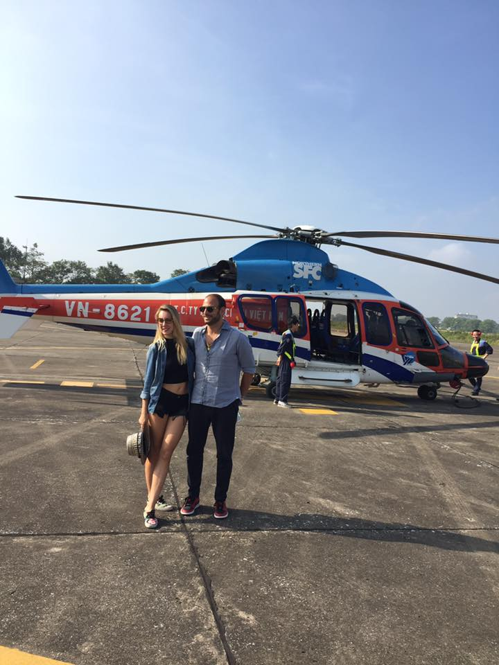 Helicopter flight charter to Ha Long Bay from Hanoi