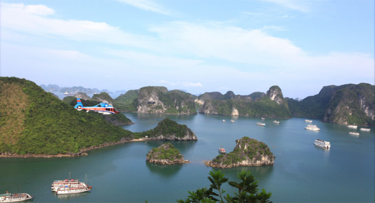 helicopter flights from Hanoi to Halong Bay